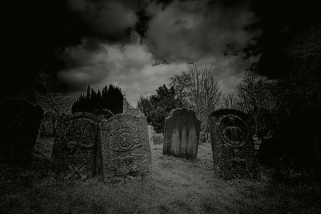 http://www.hauntedisland.co.uk/wp-content/uploads/2011/03/Heworth-Graveyard.-Gateshead.jpg